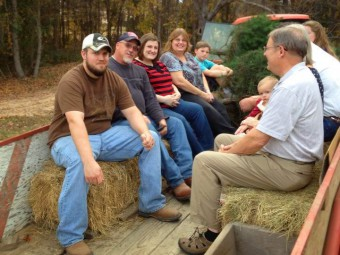 hayride-fun-for-all-ages